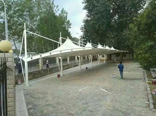 聊城膜结构自行车棚