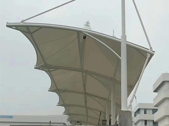 拱形悬挑结构看台