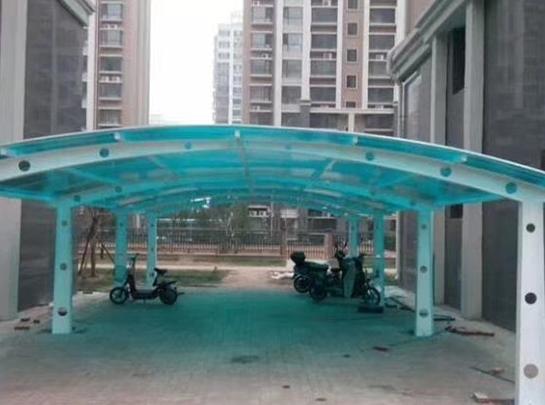 阳光板自行车棚